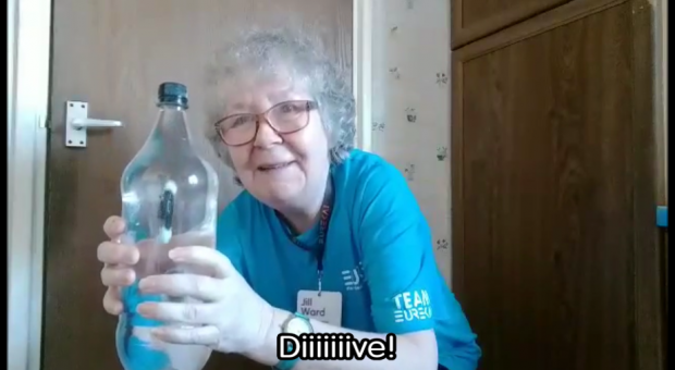 Train a pen lid to dive, with Jill (cartesian diver)